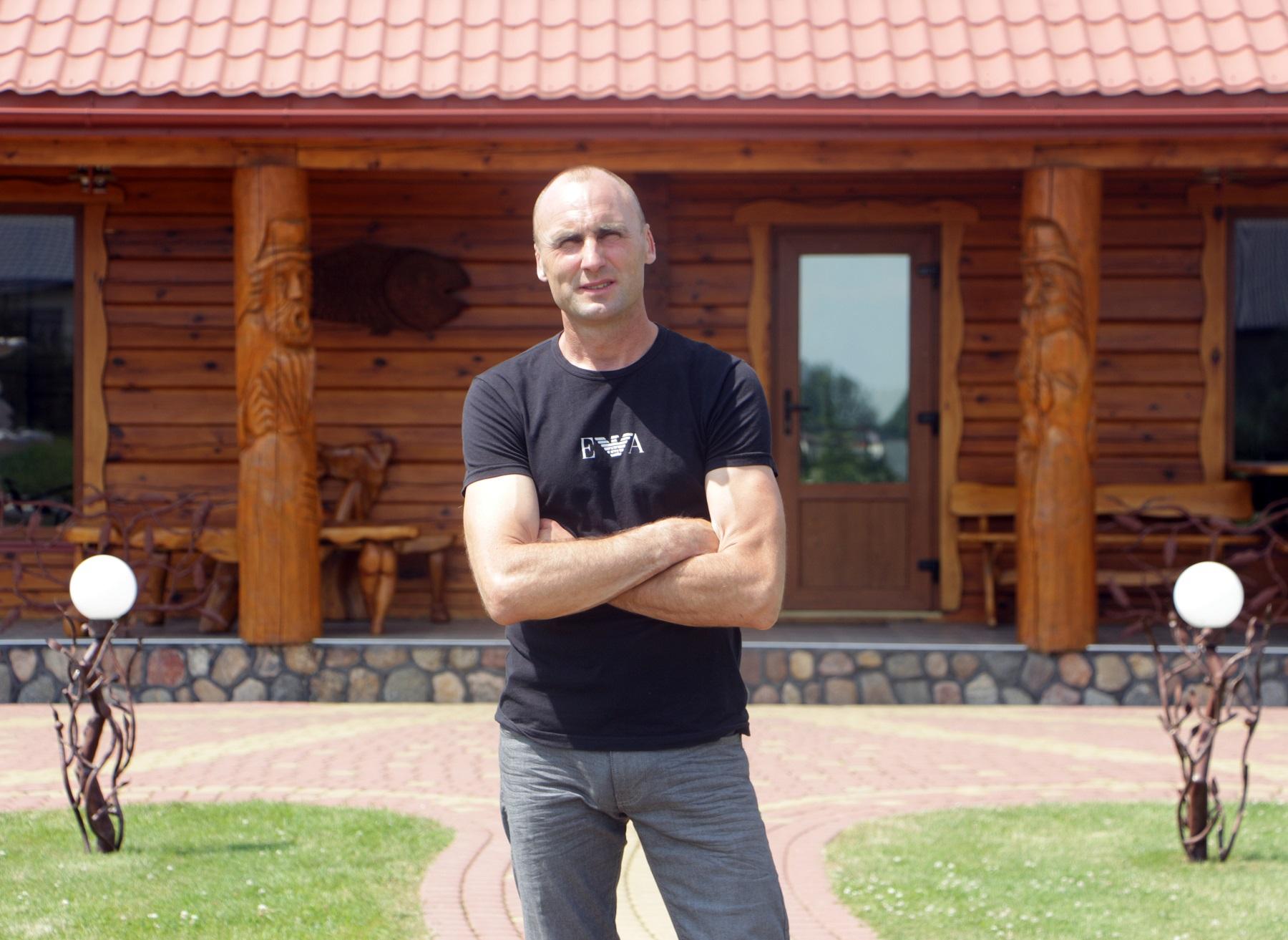 Sodybos šeimininkas Eligijus Selvestravičius kaimo turizmo verslą sėkmingai plėtoja jau devynerius metus.
