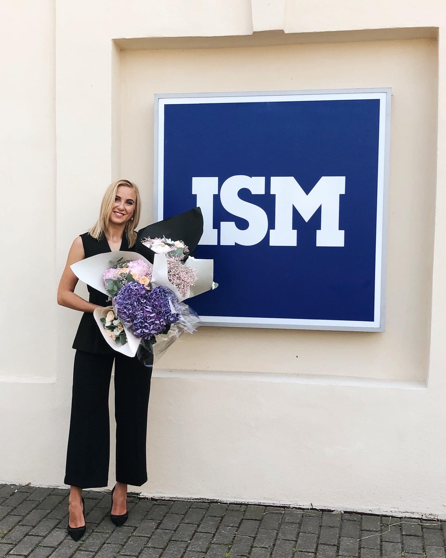 Viena džiugiausių dienų – šiais metais Akvilė tapo ISM Verslo ir ekonomikos universiteto alumni. Kėdainietė įgijo tarptautinio verslo ir komunikacijos specialybę. Asmeninio archyvo nuotr.