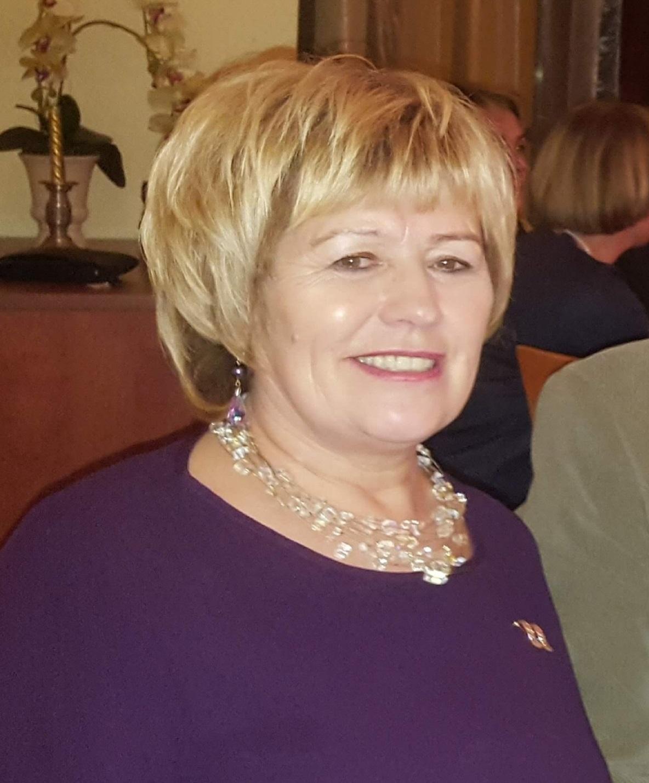 Petkūnų bendruomenės pirmininkė Elena Banevičienė pripažįsta– gyvenimo kokybė pasikeitė iš esmės, visi darbai, net ir susiję su religija, vyksta nuotoliniu būdu. Asmeninio archyvo nuotr.