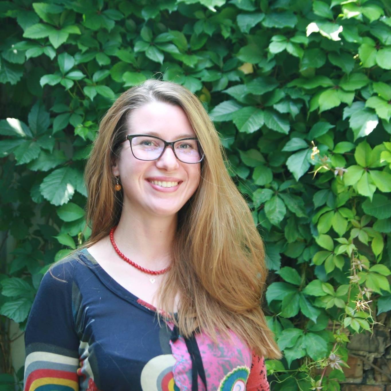 Indrė Medzevičienė ragina žmones, norinčius savanoriauti, bet nedrįstančius, rasti sritį, kuri domina, kurioje norėtųsi savanoriauti ir pabandyti.