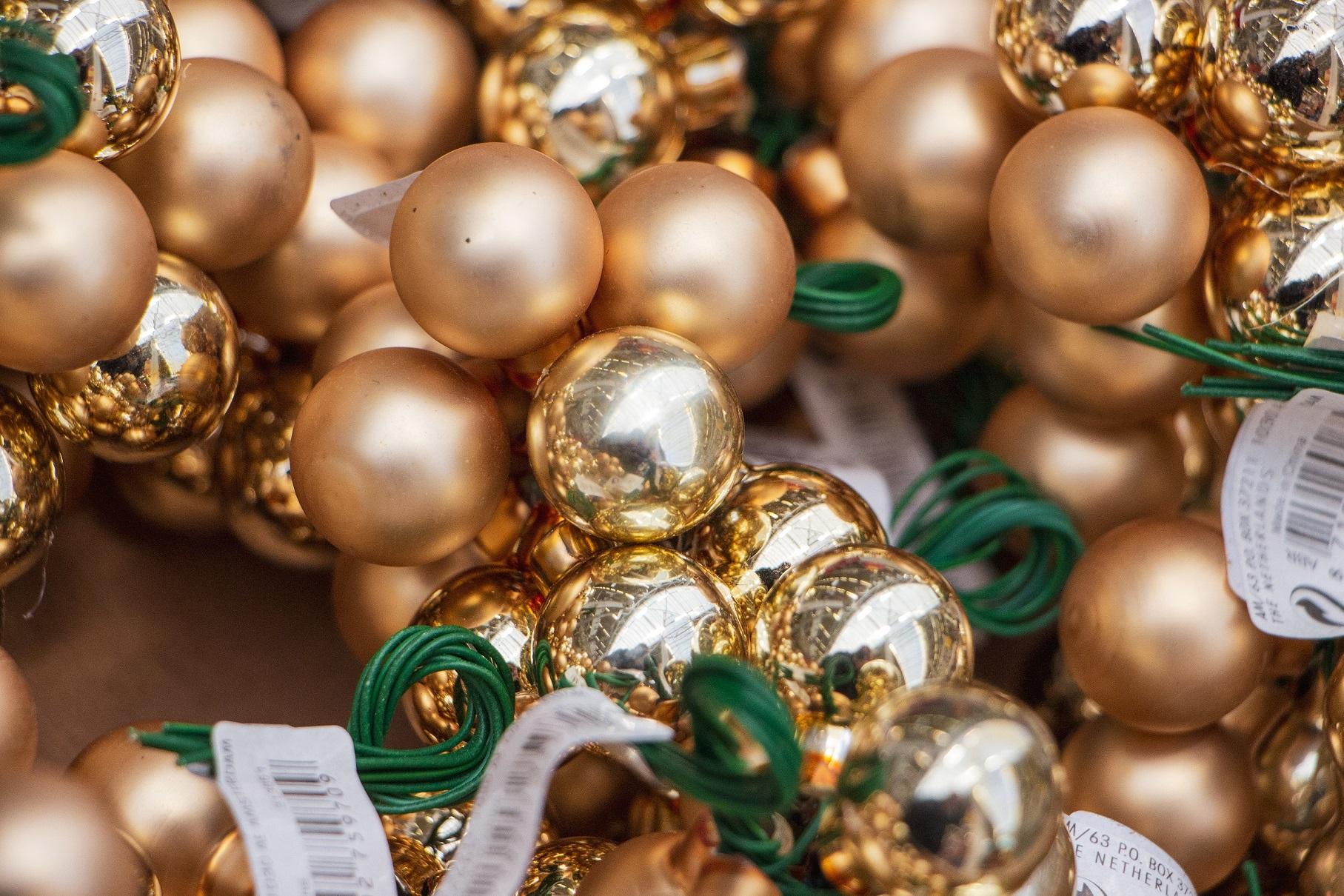 """""""Moki-veži"""" pastebėjimu, artėjant Kalėdoms pirkėjai renkasi tradicinių spalvų žaislus."""
