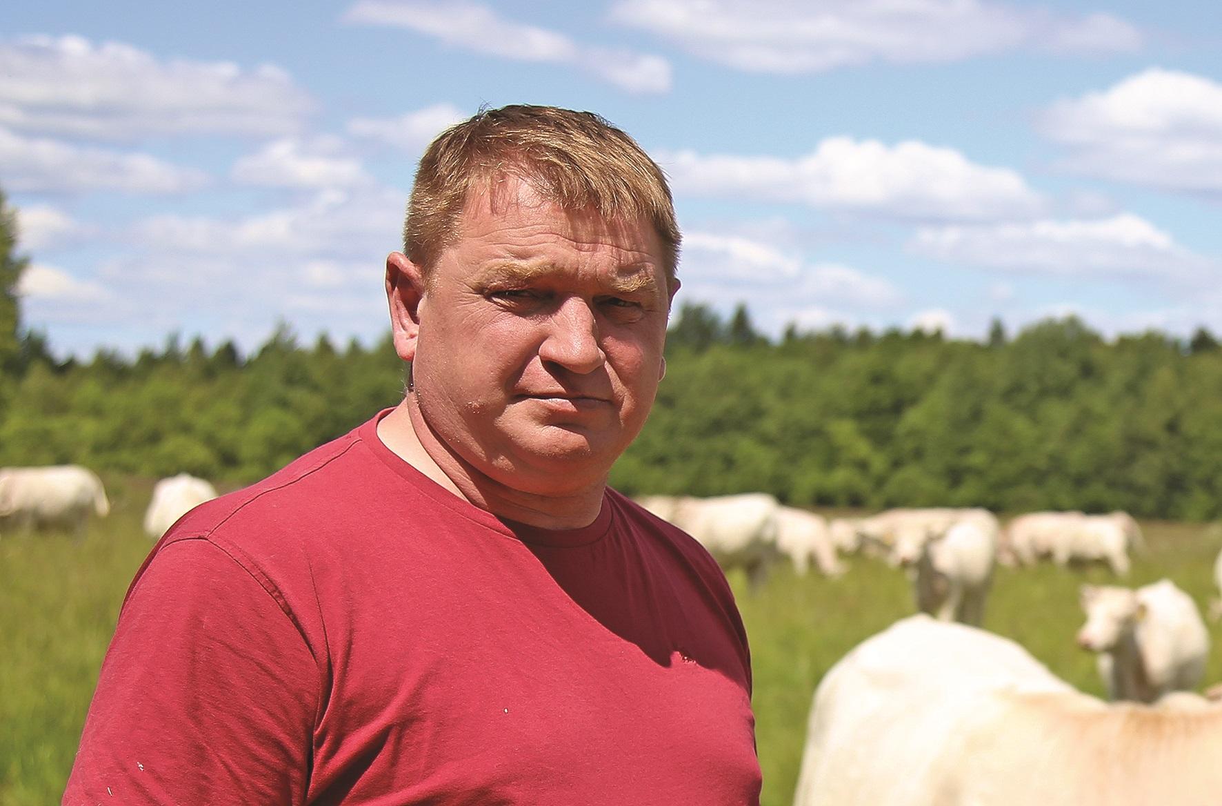 """Kėdainių krašto ūkininkų sąjungos pirmininkas Virmantas Ivanauskas sakė, kad nuo galingos liūties ir stipraus vėjo nukentėjo daugelis krašto ūkininkų. Giedrės Minelgaitės-Dautorės / """"Rinkos aikštės"""" archyvo nuotr."""