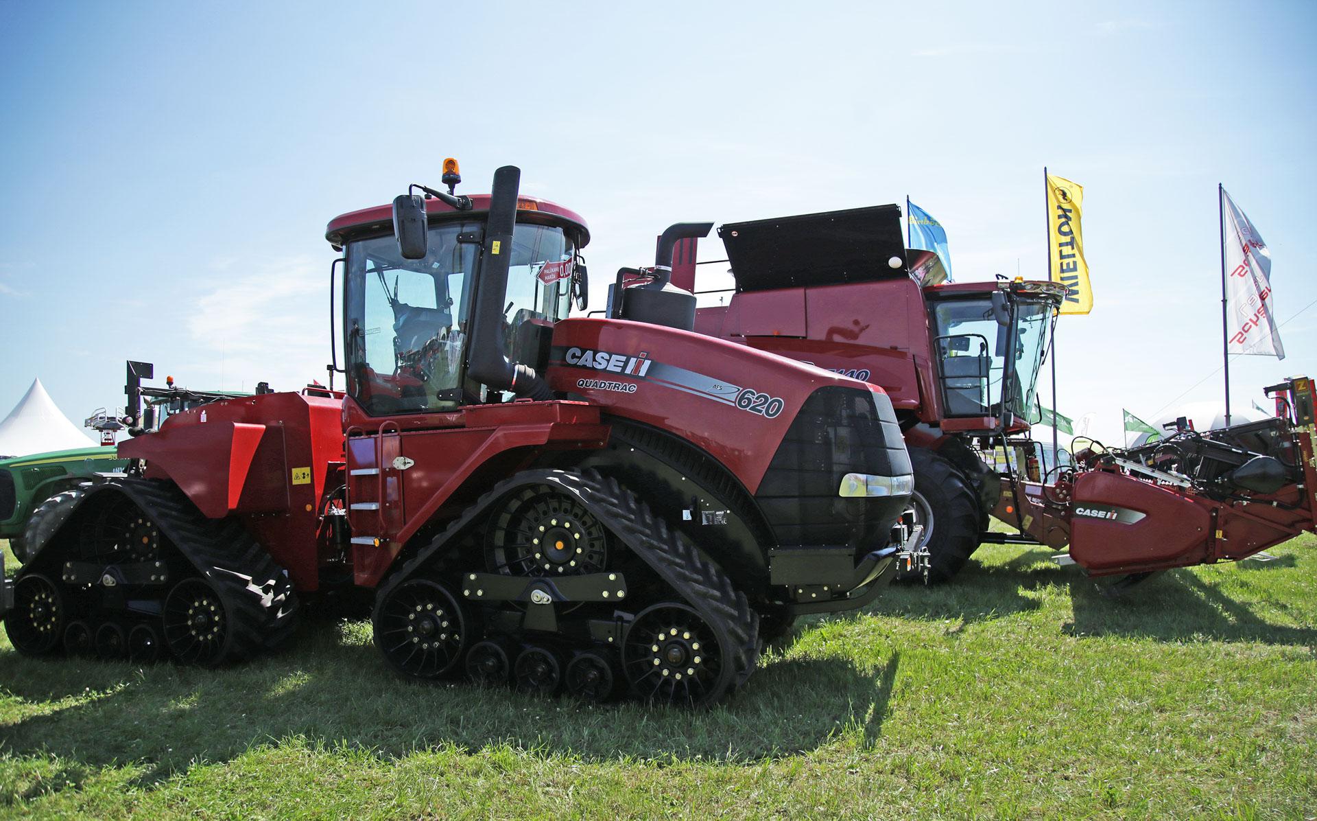 Šis traktorius - vienas pačių galingiausių rinkoje