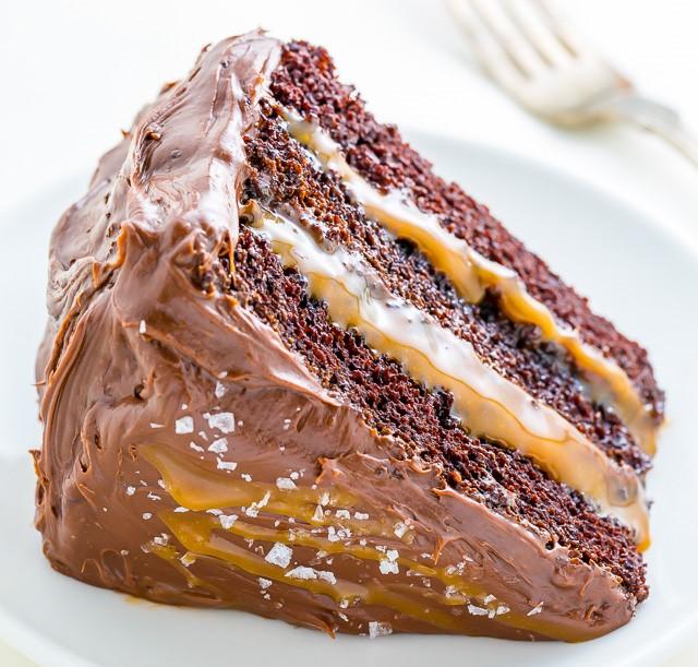 Šokoladinis karamelinis tortas. Asociatyvi nuotr.