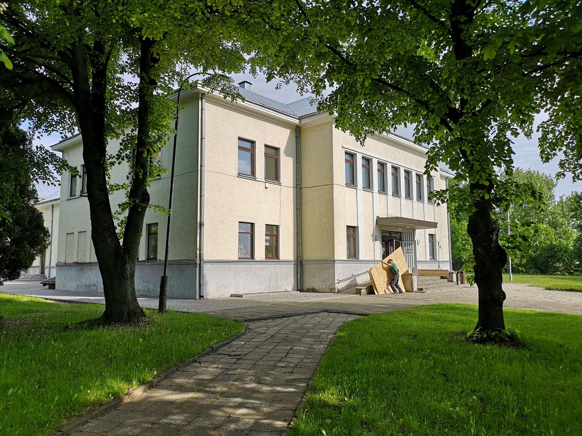 Netrukus Kėdainių kultūros centras pasikeis neatpažįstamai – čia tuoj prasidės statybos darbai. Andriaus Kasparavičiaus nuotr.