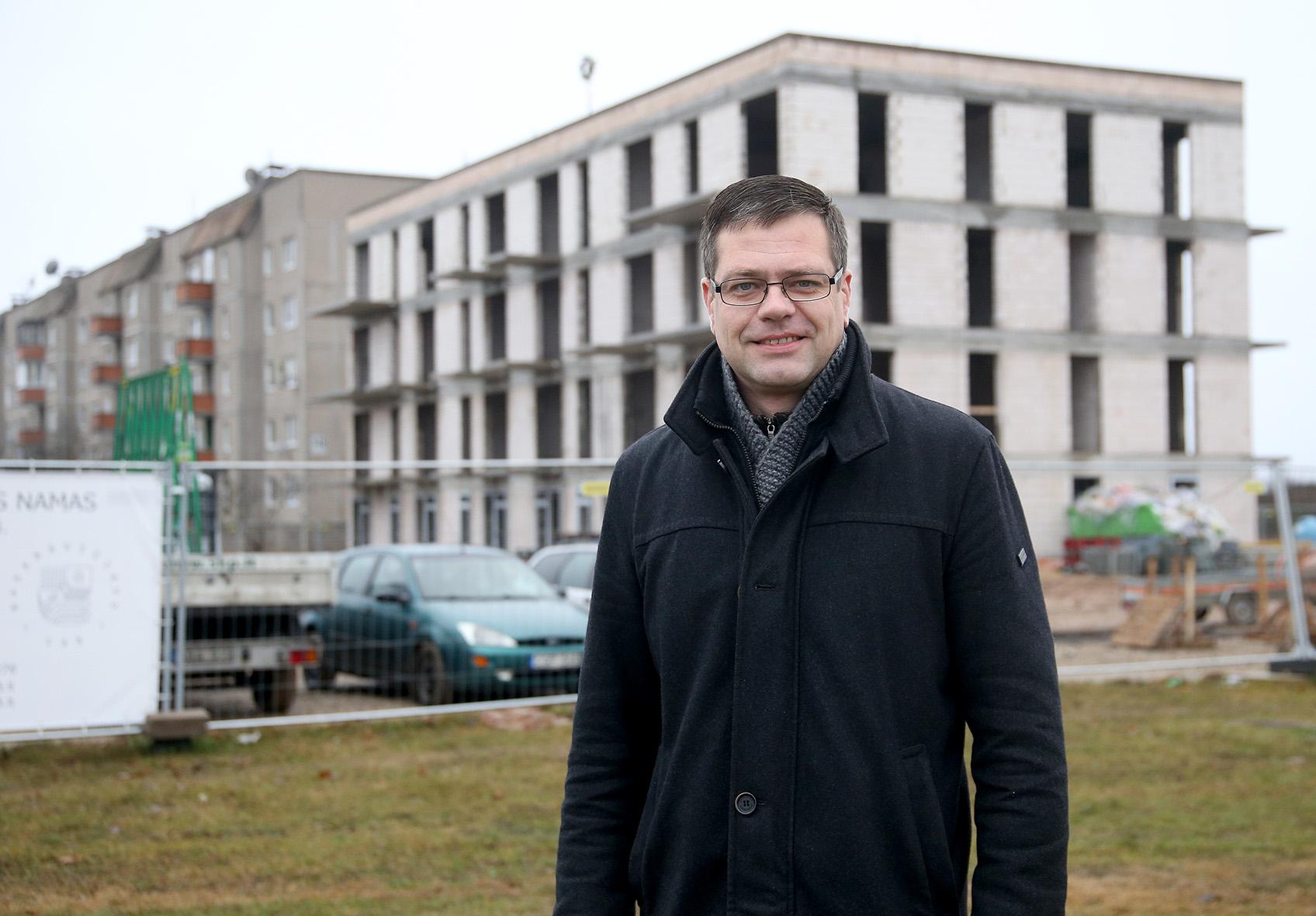 •J. Basanavičiaus g. 148B projekto vadovas Tomas Žalpys gyventojus jau dabar kviečia susipažinti su namo savybėmis bei išsirinkti patikusį būstą.