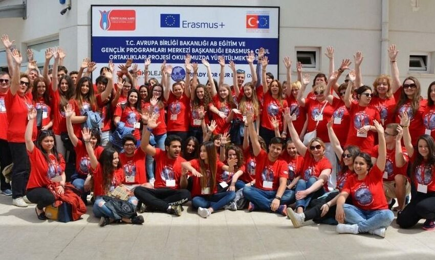"""Šviesiosios gimnazijos moksleiviai – tarptautiniame projekte """"Ready for our lives"""""""