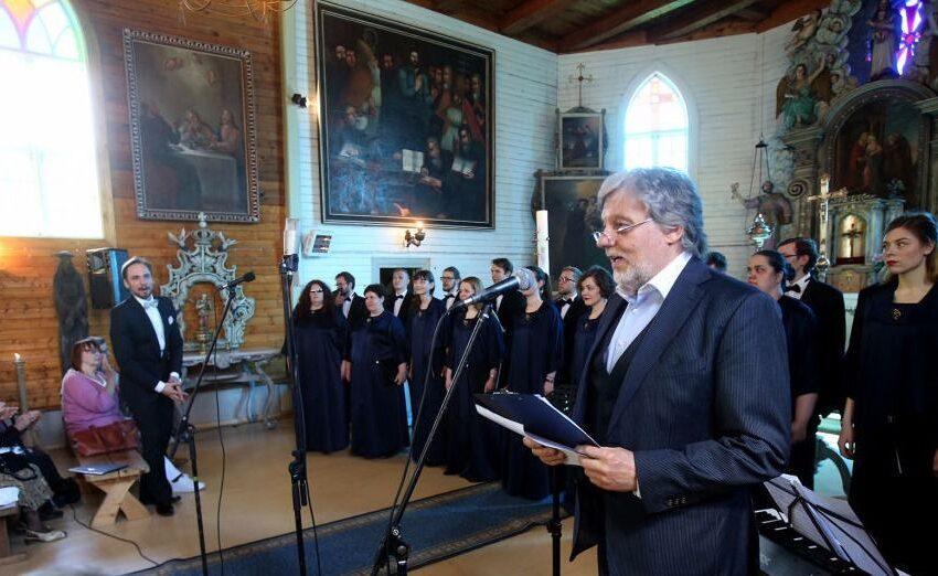 Paberžėje – maldos ir muzikos meilės giesmė (foto, video)