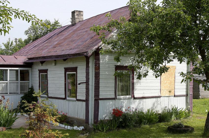 Žiaurus plėšimas Dotnuvoje: namuose stipriai sumušta senolė (video reportažas)