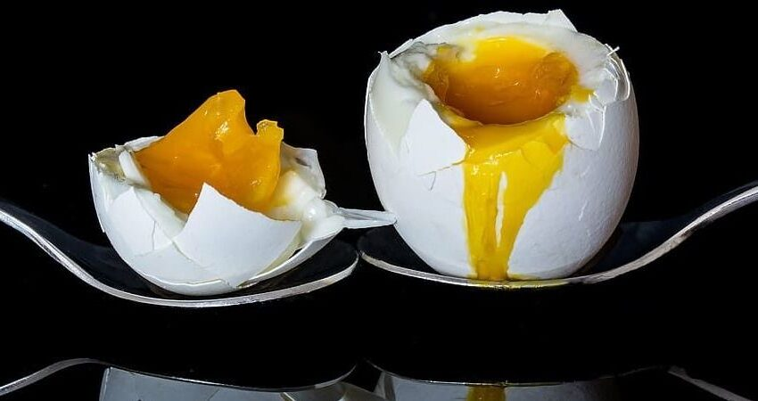 Kaip virti kiaušinius – su muzika, garuose ar be lukšto?