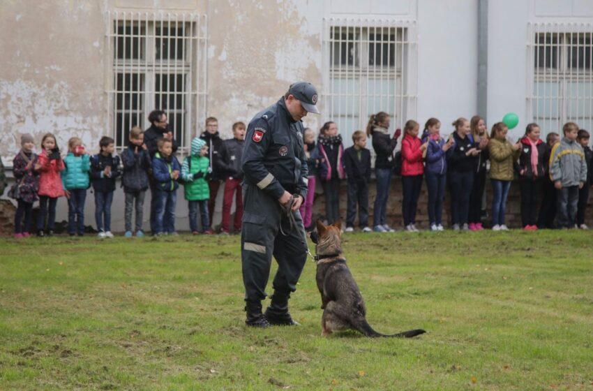 Policija atvėrė duris mažiesiems moksleiviams (su fotogalerija)