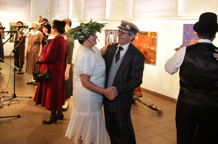 Vidurvasario romansai Jonams ir Janinoms – fotoreportažas