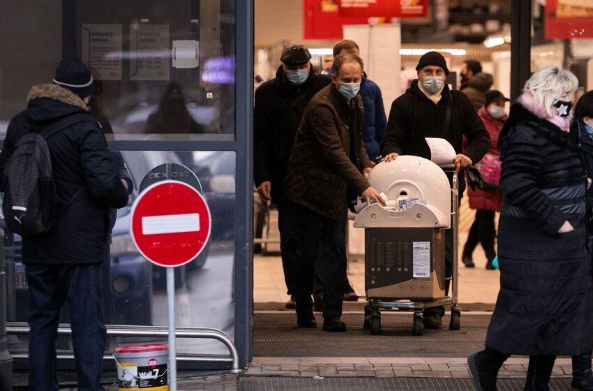 5 taisyklės, kurias turėtų prisiminti kiekvienas: kaip apsisaugoti nuo viruso, kai tenka vykti į parduotuvę?