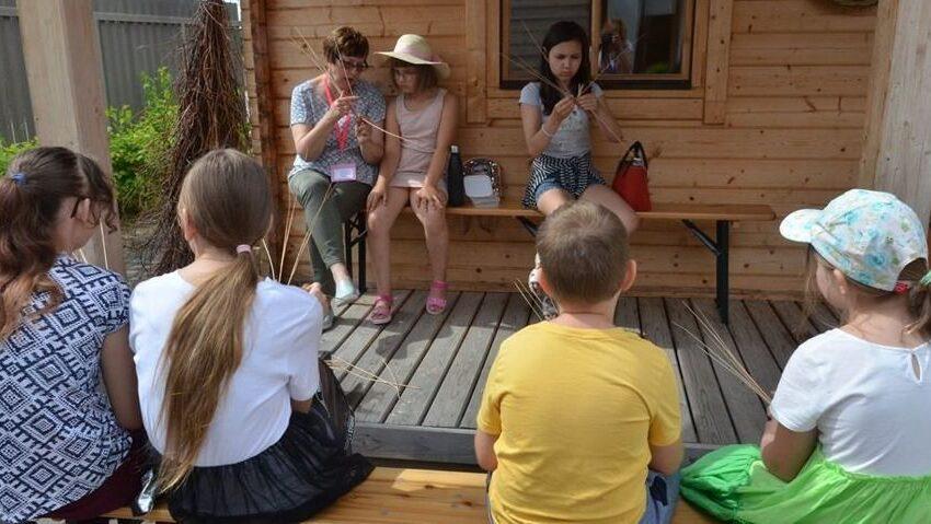 Arnetų name vaikai mokėsi senųjų amatų