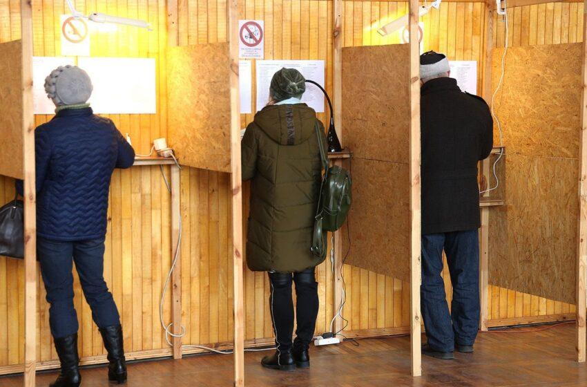 """Sūnui šviežiai """"stuktelėjo"""" 18. Ar jis gali balsuoti mero rinkimuose?"""