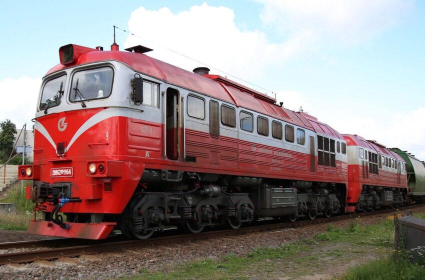 Dotnuvoje traukinys partrenkė ir mirtinai sužalojo vyriškį