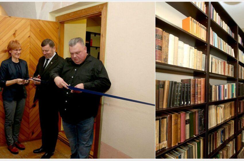 Dotnuvos vienuolyne atidaryta Tėvo Stanislovo knygų biblioteka