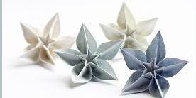 Rankdarbiai: origami gėlės