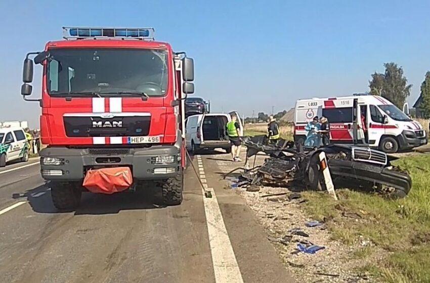 """Tragedija """"Via Balticoje"""": avarijos metu žuvo jaunas vairuotojas"""