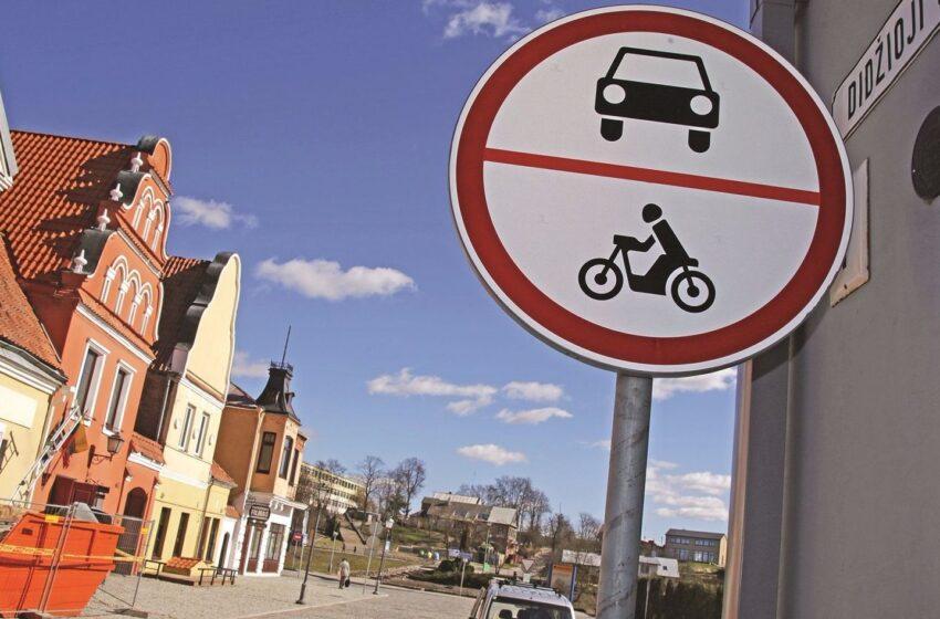 Aistros dėl kelio ženklų – ar viską sprendžia meras?