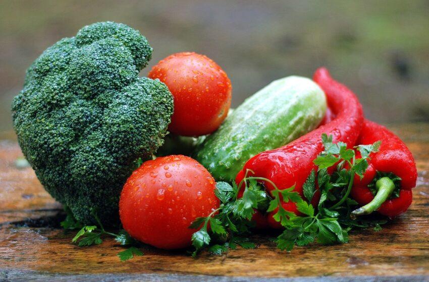 Dietistė: šviežias daržoves valgydami tik vasarą, darome esminę klaidą