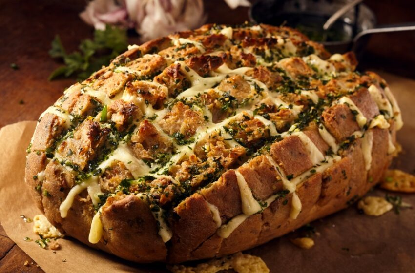 3 lengvi receptai savaitgaliui: svarbiausias ingredientas – duona
