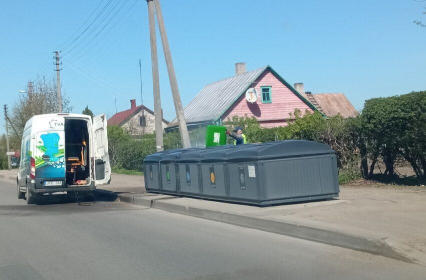 Kėdainiuose plauna atliekų konteinerius