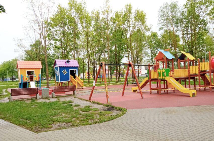 Vytauto parko vaikų žaidimų aikštelei prireikė remonto