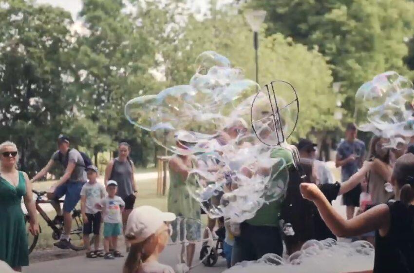 Joninės su muilo burbulais ir moksliniais eksperimentais (VIDEO)