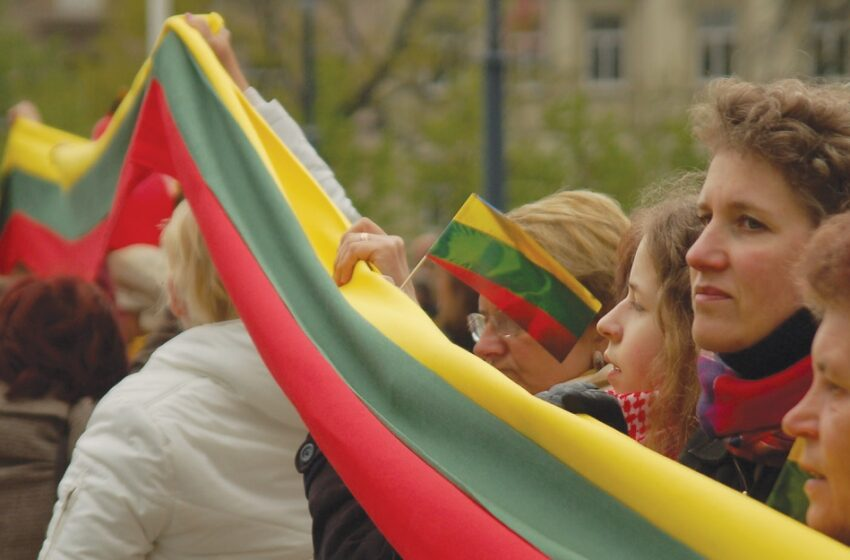 Kviečia vykti prie kryžiaus Baltijos kelyje