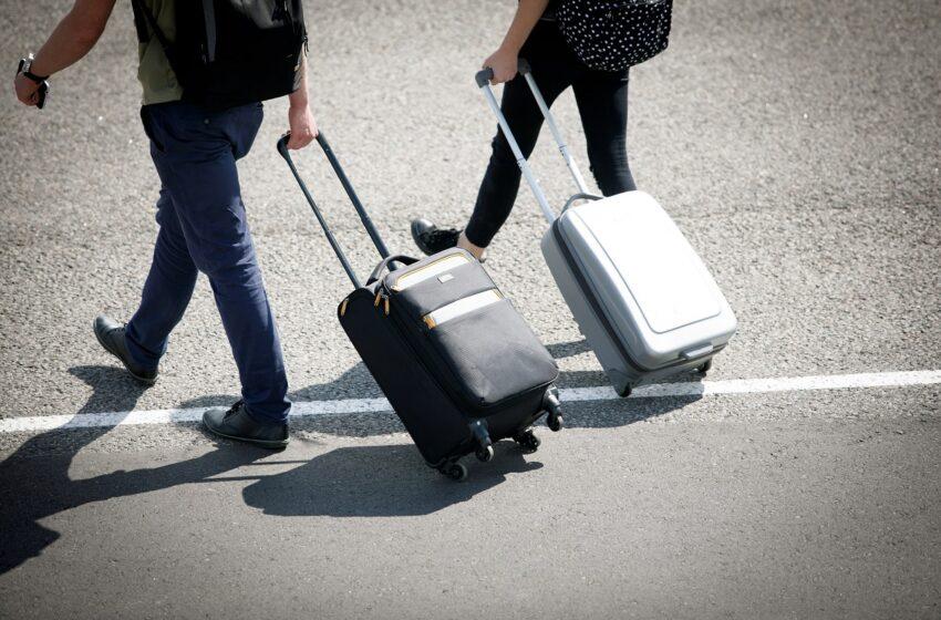 Nuo pirmadienio izoliuotis reikės atvykstantiems iš Italijos ir Prancūzijos