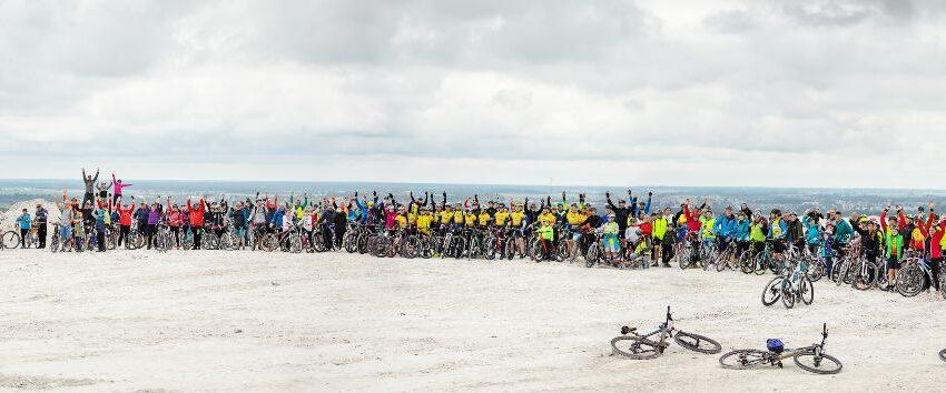 """Gausus būrys dviratininkų aplankė """"Lifosos"""" apylinkes"""