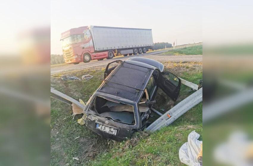 """""""Via Balticoje"""" – vėl avarija: sumaitotas """"Volkswagen"""" automobilis"""