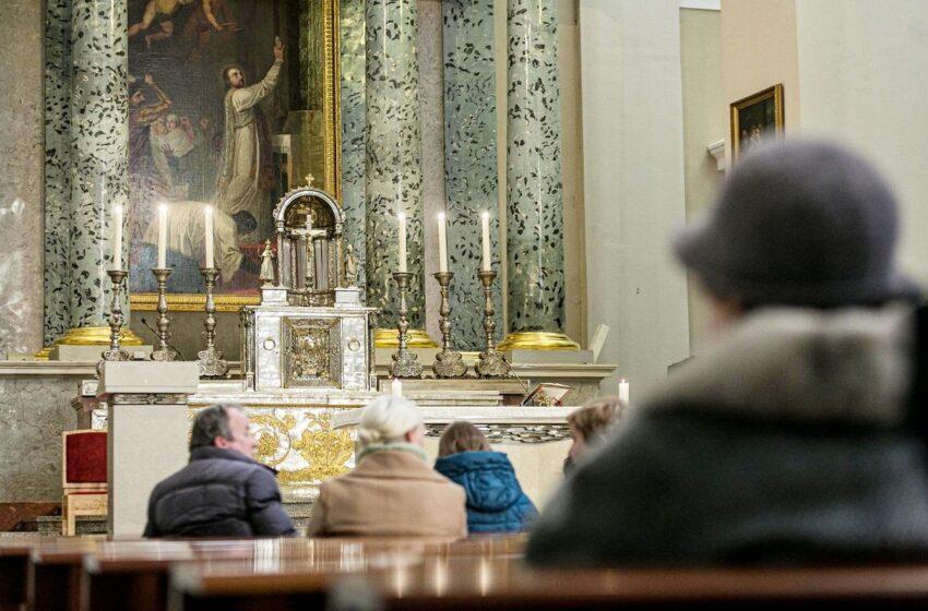 Atnaujino rekomendacijas maldos namams