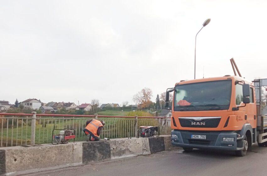 Remontuojamas Kėdainių miesto Tilto gatvės tiltas